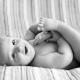 Пятнышки и прыщики на коже новорожденного